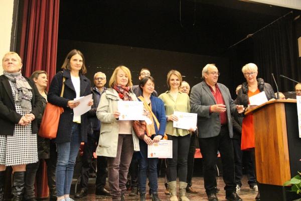 Salon du Livre - Mise à l'honneur de l'équipe pédagogique de l'école Marie Curie