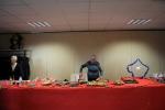 Distribution de colis de Noël aux aînés