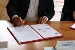 Signature convention occupation maison Oscar Carpentier Ville/Flac - 05 07 2021